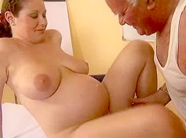 Older Man fuck a preggo beauty