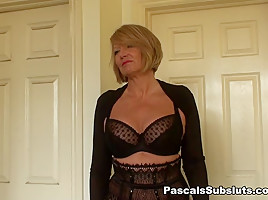 Amy: dressed to go swinging - PascalSsubsluts