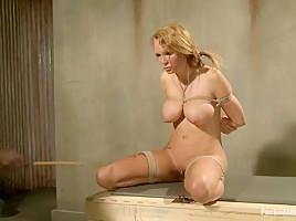 Born Slutty in Dungeonsex Video