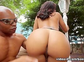 Alessandra Ribeiro in Booty Stuffing Alessandra - BigBootyTGirls