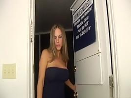 Heetste MILF Porn Videos