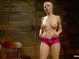 Lorelei Lee in Mistress Lorelei Lee's Panty Worship Pov - DivineBitches