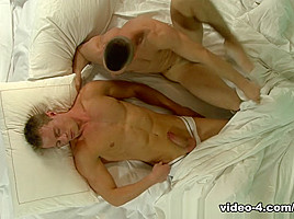 My Straight Brother-In-Law - UKNakedMen