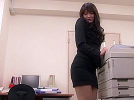 Sho Nishino & Yumi Kazama in Hot Milf Lesbian Action - MilfsInJapan