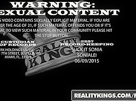 RealityKings - Moms Bang Teens - Cody Lewis Cory Chase Sydney Cole - Thanks For Giving