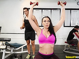 Rachel Starr & Ramon Nomar in Gym And Pussy Juice - SneakySex