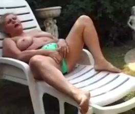 Hungarian bbw granny lotta double penetration outside