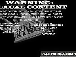 RealityKings - Milf Hunter - Hunter Linda - Foreign Body