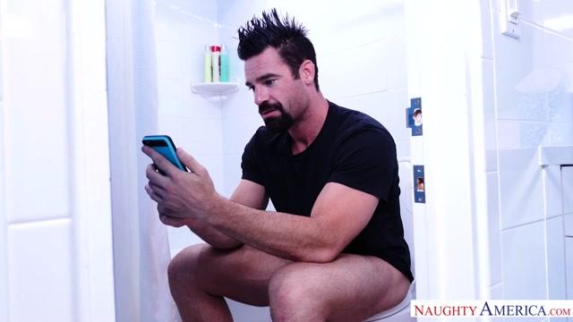 Le vide couilles de lautoroute a video porno gay crunchboy