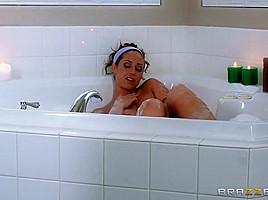 Mommy Got Boobs: Mom's In Hot Water. Eva Notty, Jessy Jones