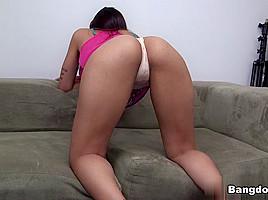 Mia Khalifa in Her first porno she made Video