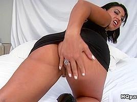 Tony Tigrao & Sara Rosar in Spread thick - MikeInBrazil
