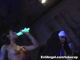 Lea Lexis,Roxy Raye,Chastity Lynn in Voracious 2 ep18 - I Am Foul And Corrupt