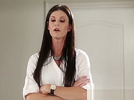 Cute Babes India Summer And Alexa Grace In Threesome Sex