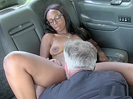 Ebony Chick Lola Marie Gets Her Pussy Serviced