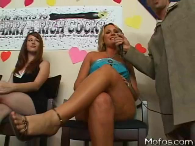 Flower tucci the garden slut